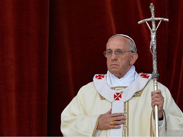 """Según Ezzati, el papa Francisco aseguró que, pese a que no todos comparten la misma opinión, en la iglesia católica """"hay estructuras caducas y hay que renovarlas""""."""