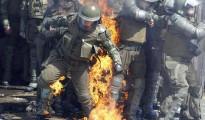Carabineros de chile atacados por izquierdistas