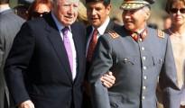generales Augusto Pinochet y Ricardo Izurieta