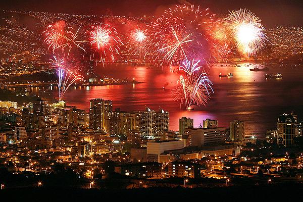 fuegos-artificiales-viña-del-mar-valparaiso-concon-año-nuevo-espectaculo