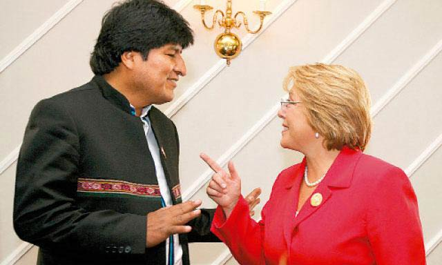 Michelle-Bachelet-y-Evo-Morales