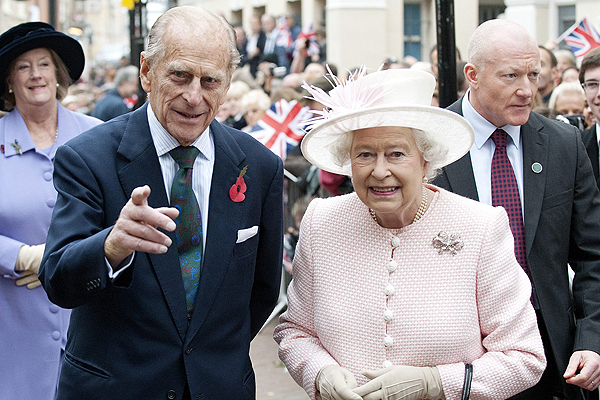 principe felipe y la reina
