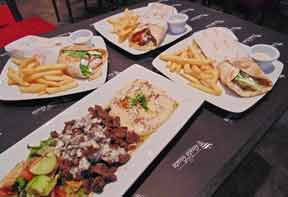 GustaGusta-Ciudad-Empresarial-Restoran-Shawarma