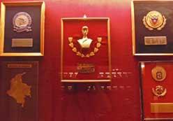 Condecoraciones-Augusto-Pinochet