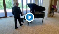 putin-vladimir-piano-china-beijing