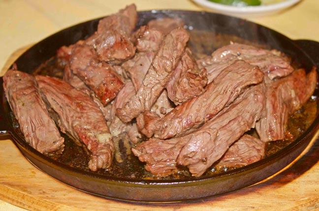 Carne-Entrañas-Legado-Restaurant-Chileno-Miami-Florida-Estados-Unidos-