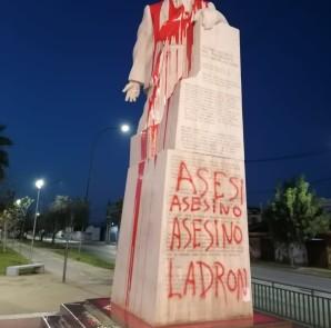 allende asesino ladron estatua